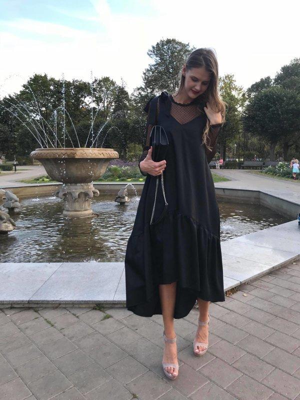 Asimetriskā kleita melna Latviete